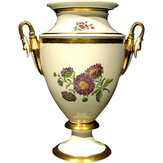 A Very Elegant Neoclassical Inspired Porcelain Wine Cooler, France Circa 1870