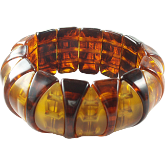 Funky Vintage Lucite Stetch Bracelet