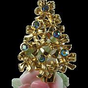Avon Rhinestone Christmas Tree Brooch