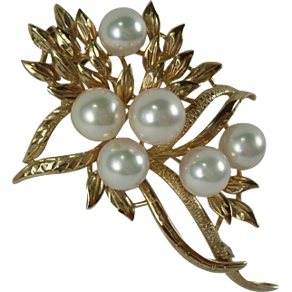 Vintage 14K Yellow Gold Cultured Pearls Brooch-Gorgeous