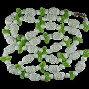 Vintage 1960s Plastic Flower Necklace