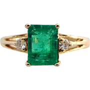 Vintage Emerald and Diamond Ring 14k Plumb Yellow Gold