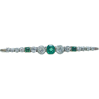 Stunning Antique Emerald and Old Mine Cut Diamond 18K Platinum Brooch Edwardian Period