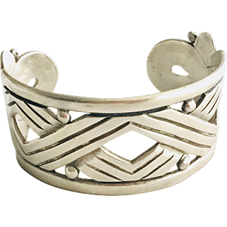 Large! Hector Aguilar 940 Taxco Silver Bracelet cuff Large and Wide