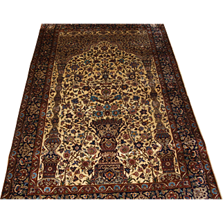 Indian rug of the classic Isfahan vase design prayer rug.   About 30 years old.