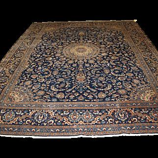 Old Persian Tabriz carpet, traditional design.   Circa 1900.