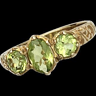 Three-Stone Peridot (Olivine) 9K Gold Georgian-style Ring