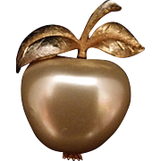 Apple Brooch/Pin Pearlescent Gold Tone