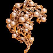Vintage Crown Trifari Pearl & Rhinestone Brooch