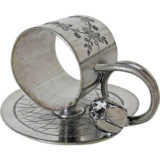 Antique Meriden Britannia Silver Plated Napkin Ring with Water Lilly