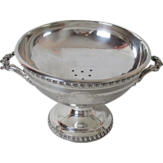 Early 1900'S 2 Piece Silver Plated Berry Compote a Very Fine Server