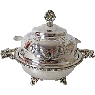 1890's New Amsterdam Silver Plate Butter Dish with Glass insert and Knife