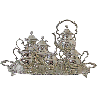 Exquisite & Complete Birmingham Silver Co 7 Pc Silver Plated Tea & Coffee Service Heavy Grape Design Free Holiday Shipping