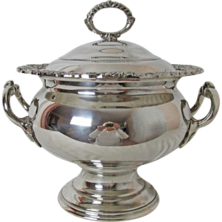 Exquisite Vintage English Silver Plated Soup or Stew Tureen