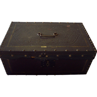 Lutz and Beal Leather Box