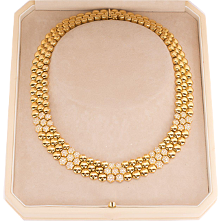 Piaget 18 Karat Yellow Gold and Diamond Set Necklace