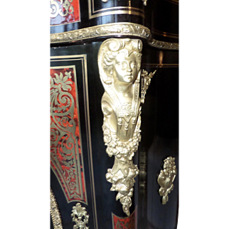 Boulle Credenza, French 19th Century in Marquetry of bronze and tortoiseshell.