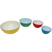 Pyrex Primary Colors Nested Mixing Bowl Set of four (4)