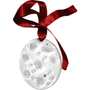 """Lalique Crystal: 2007  """"NOEL"""" Christmas ornament in box"""