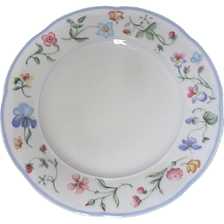 Lot of Eight (8) Villeroy and Boch MARIPOSA 6.25 inch BREAD & BUTTER  plate in Unused condition  (Mettach)
