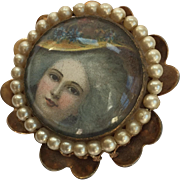 1950's Coro Brooch Pin Pendant of Courtly Woman