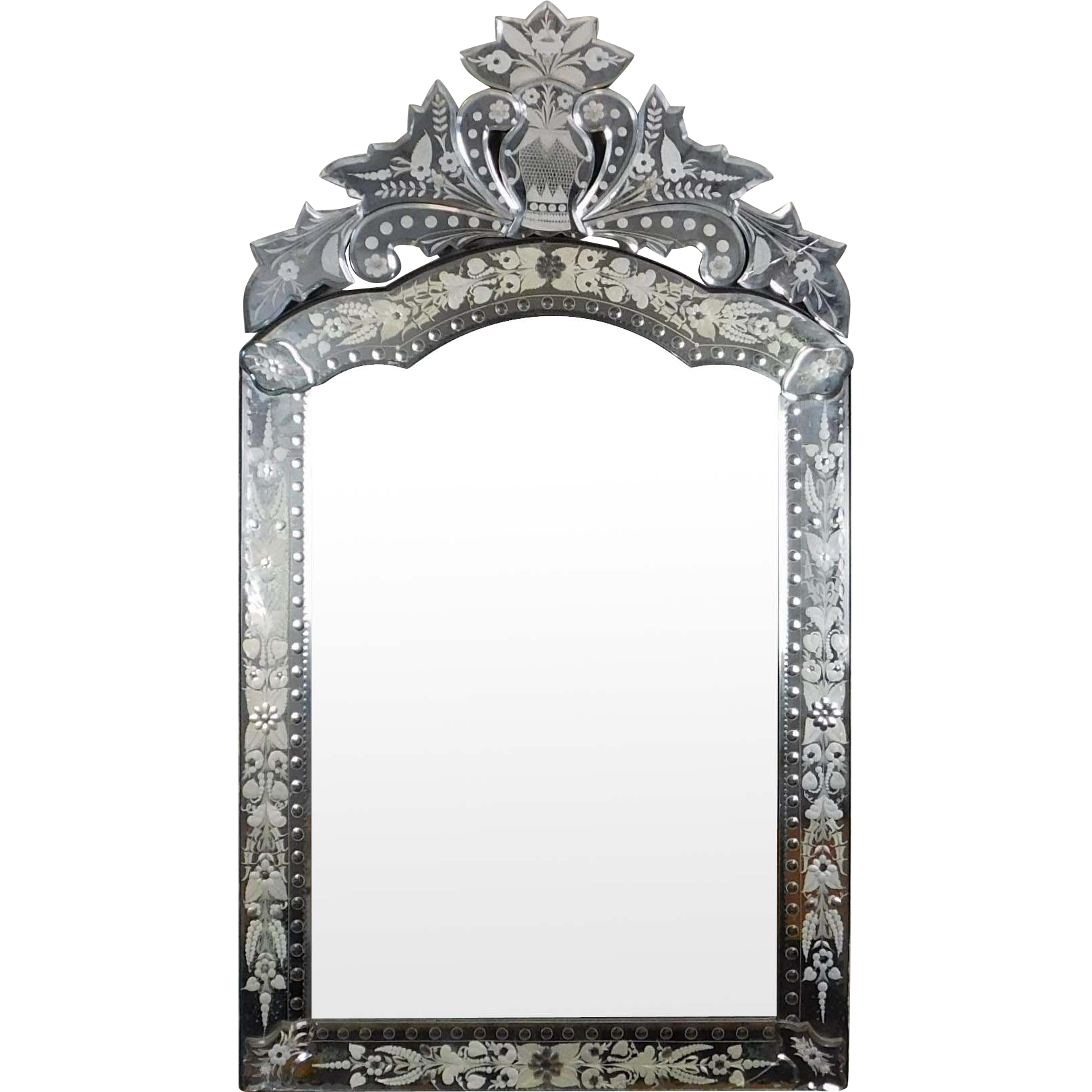 Very Fine Art-Deco 1930s Etched Glass Decorative Venetian Style Hanging Wall Mirror