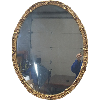 Fine 1940s Gilded Oval Hanging Wall Mirror 36 X 28 1/2