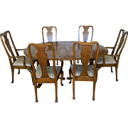1980s Baker Furniture Company Banded Oak Queen Anne Dining Room Set ~ Table - 6 Chairs & 3 Leaves