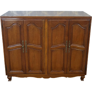 Vintage 1960s Cherry Fruitwood French Provincial Folding Door Linen Cabinet Chest