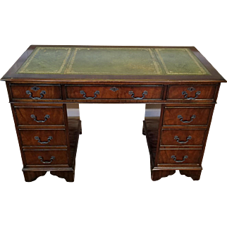 """1980s English Reproduction Mahogany Leather Top Kneehole Desk 24 X 48"""""""