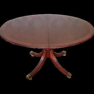 Baker Furniture Historic Charleston Banded Mahogany Pedestal Dining Room Table w/ 2 Leaves