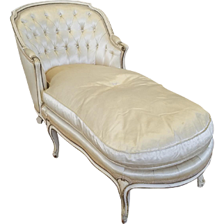 Vintage 1950s French Provincial Style Bedroom Chaise Lounge ~ AS IS ~ Will Need Reupholstering