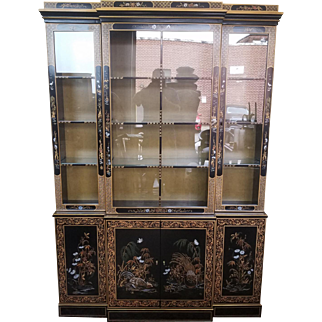 Drexel Heritage Et Cetera Collection Asian Chinoiserie Painted Dining Room China Cabinet 1980s 2 of 2