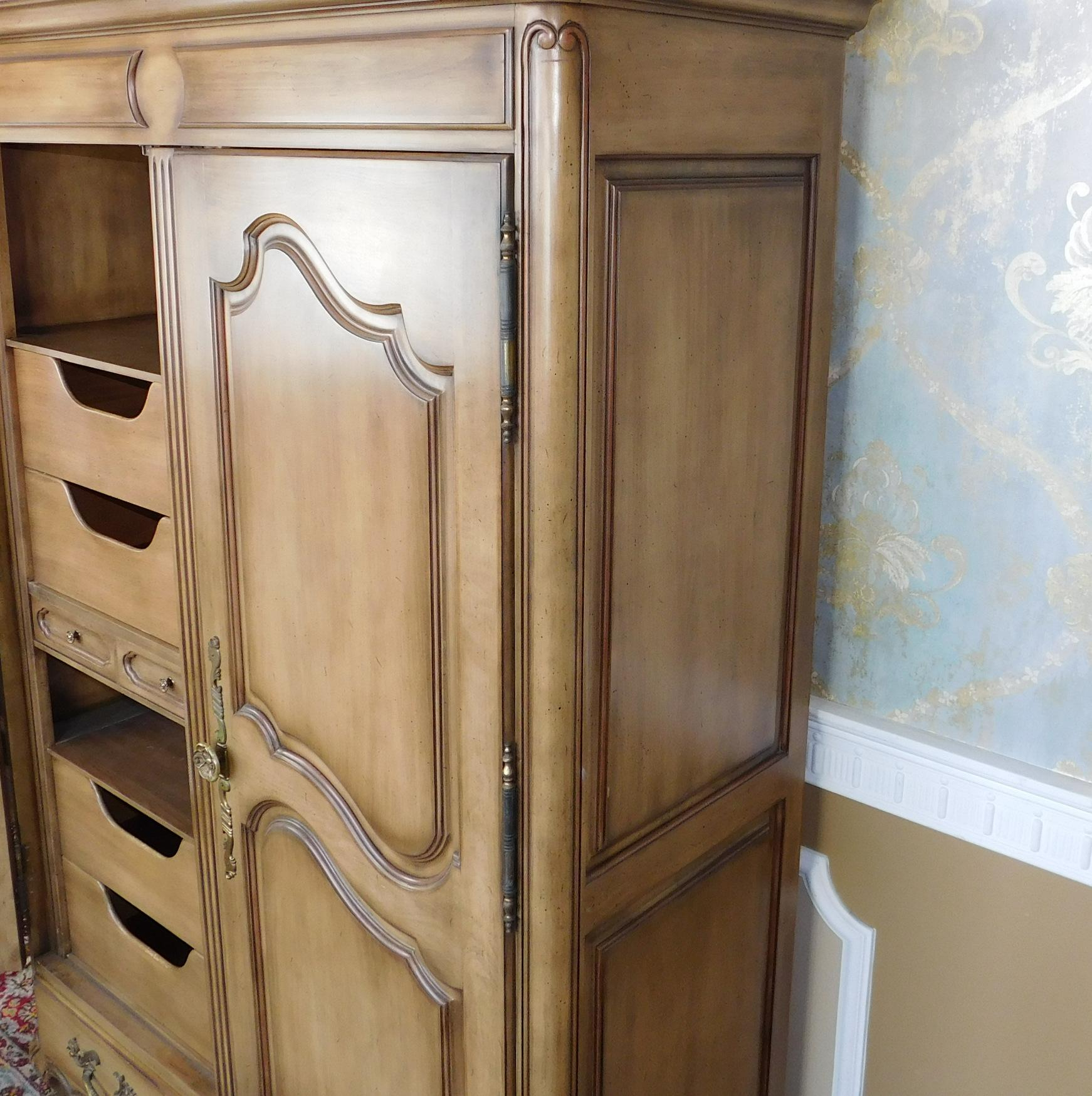 Nice Union National Furniture Co Fruitwood Bedroom Armoire