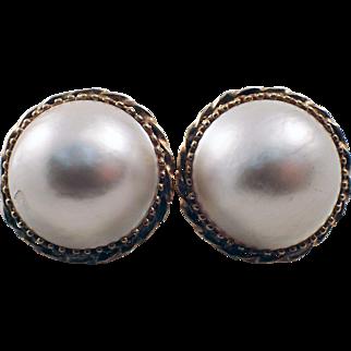 14K Yellow Gold Mobe Pearl Earrings