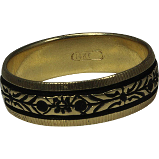 14K Yellow Gold Men's Wedding Band with Black Backing