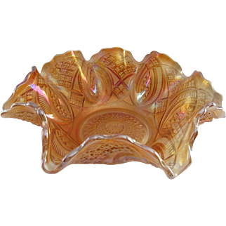 Imperial Glass Diamond Ring Marigold Bowl - Very Clean