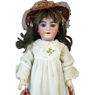 Antique German Bisque Head Doll Heinrich Handwerck HH 109