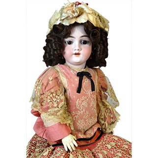 Antique German Bisque Head Doll Heinrich Handwerck HH 119