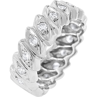 0.51 Cttw Vintage Diamond Leaf Eye Design Eternity Band In Solid 14 Karat White Gold