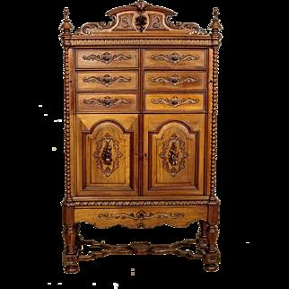 Walnut Wood Renaissance Cabinet from ca. 1900 - Netherlands