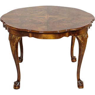 Round Table in the Chippendale Style from first half of 20th Century