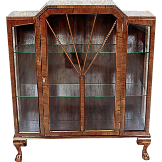 A Signed Art Deco Vitrine, ca. 1920 - Glasgow