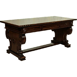 Oak Writing Desk from 1930 in Neo-Renaissance Style - Northern Europe