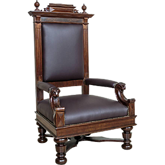 Representative Seat - the Throne of 1920 year - Europe
