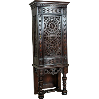 Beautiful Cabinet circa 1872