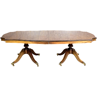 English, Extendable Dining Table -- Circa 1920