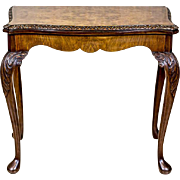 Extendable Table/Card Table in the Queen Anne Style