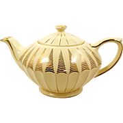 James Sadler Teapot Yellow with Gold Decoration 32 Ounce 1937+ England
