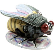 Porcelain Bee Trinket Box Hand Painted Figural Insect Form Box